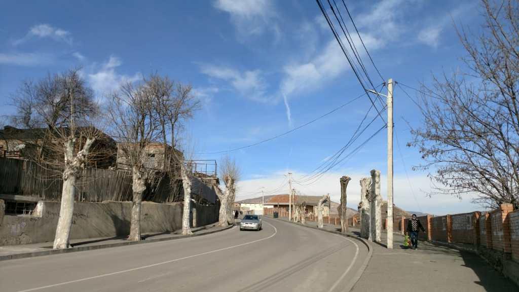 Die georgische Kleinstadt Kaspi im Januar